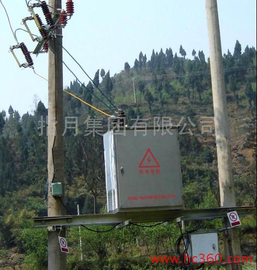 供应指月TBBWZ高压柱上无功补偿装置